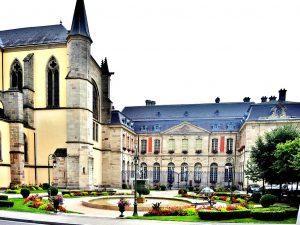 Le palais abbatial Remiremont, un lieu chargé d'histoire